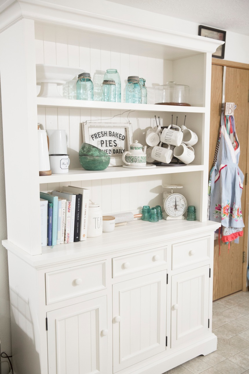 Find and Dines Hutch ReStyle 9