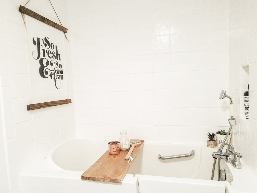 Finds and Dines Bathroom Rano Tile Refinish (9)