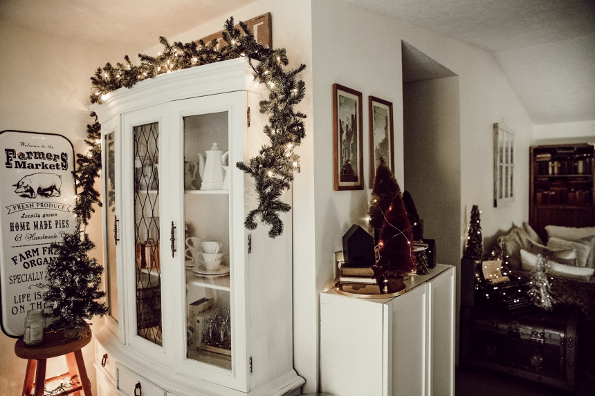 Finds and Dines Holiday Home Tour 24-2