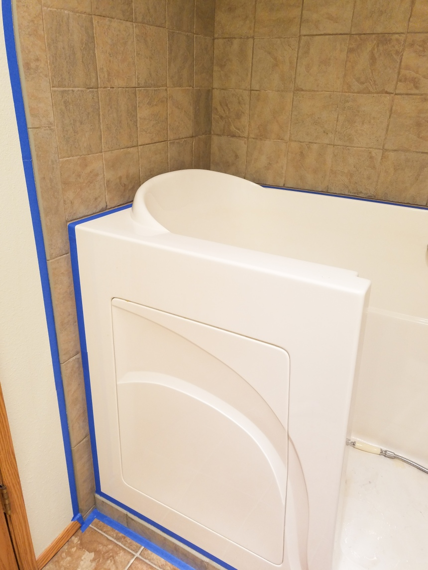 Finds and Dines Bathroom Rano Tile Refinish (3)