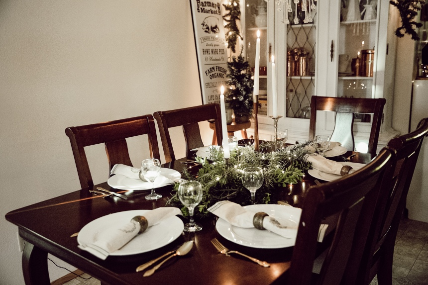 Finds and Dines Holiday Home Tour 26-2
