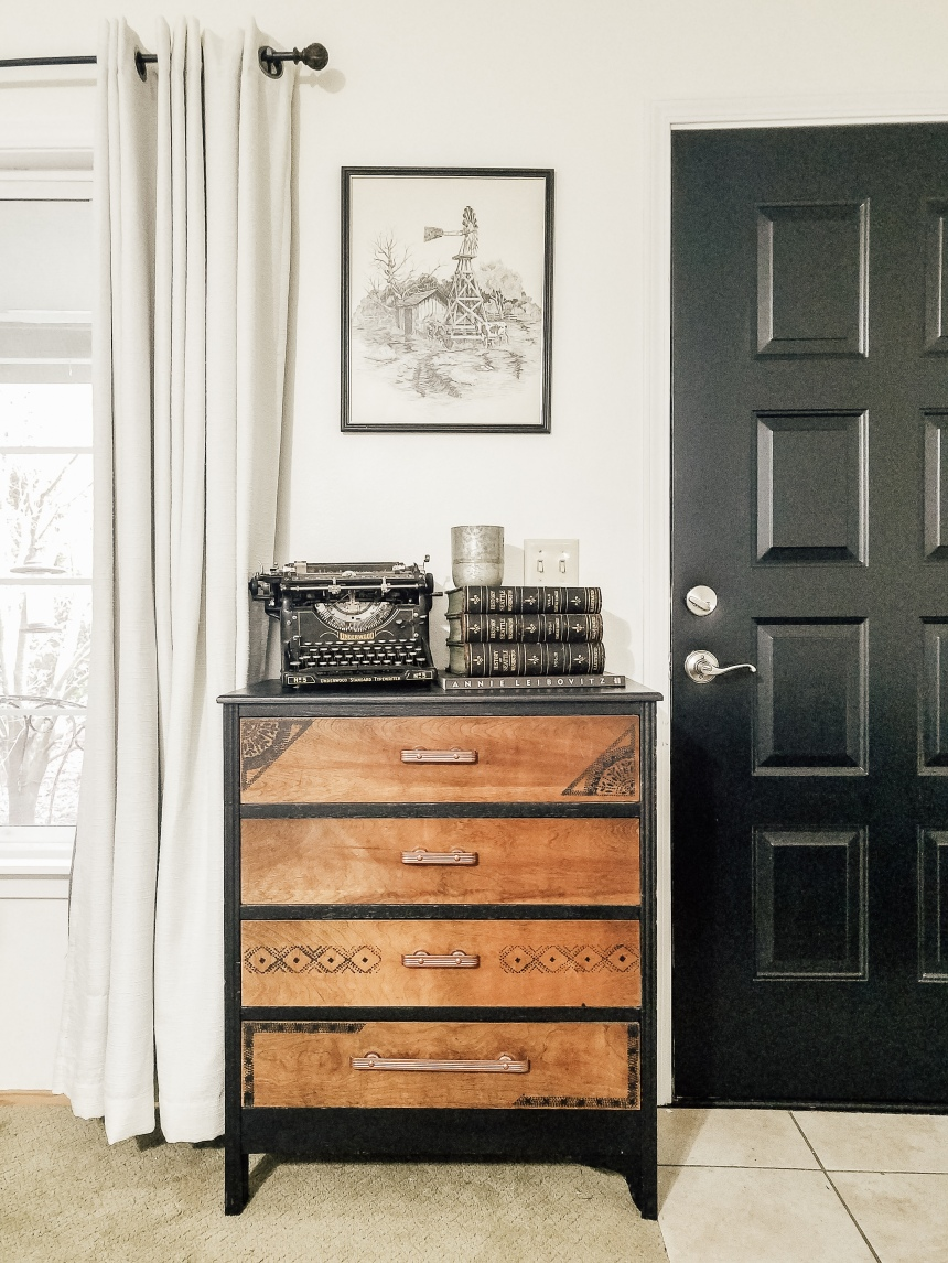 Finds and Dines Black Front Door (1)