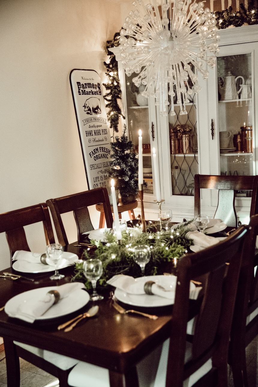 Finds and Dines Holiday Home Tour 27-2