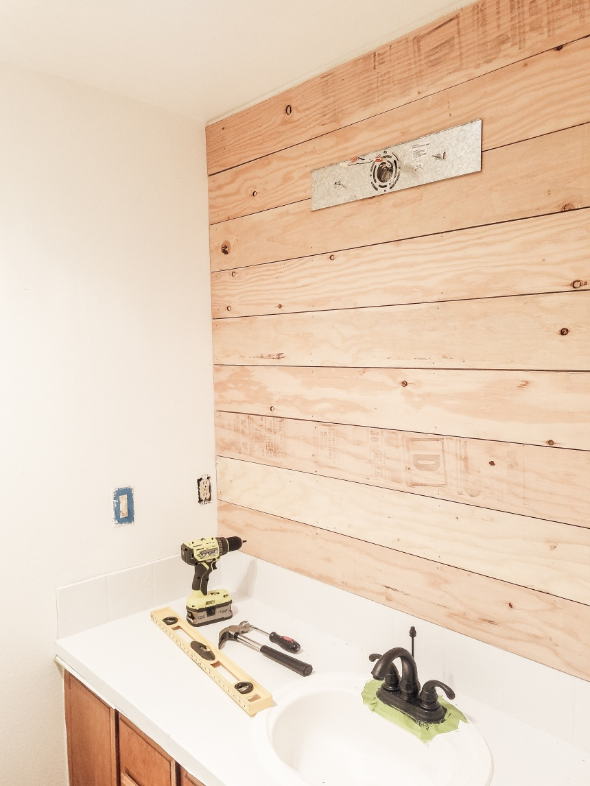 Finds and Dines DIY Shiplap Accent Wall (1)